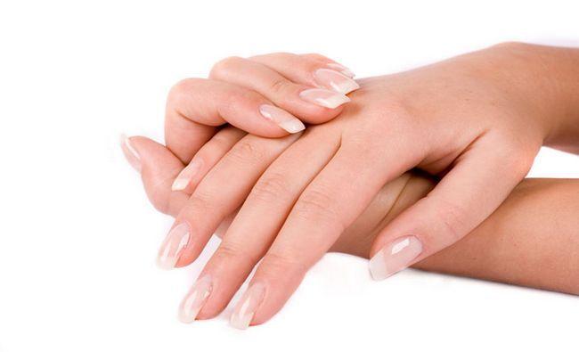 Fotografía - 18 précieux conseils sur la façon de renforcer Nails