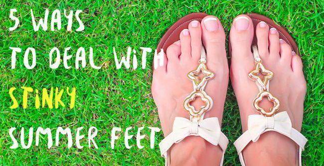 façons de traiter avec puantes pieds d'été
