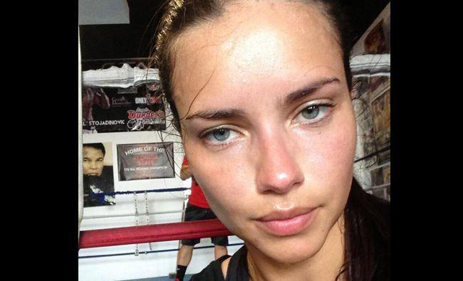 adriana lima-sans-maquillage-