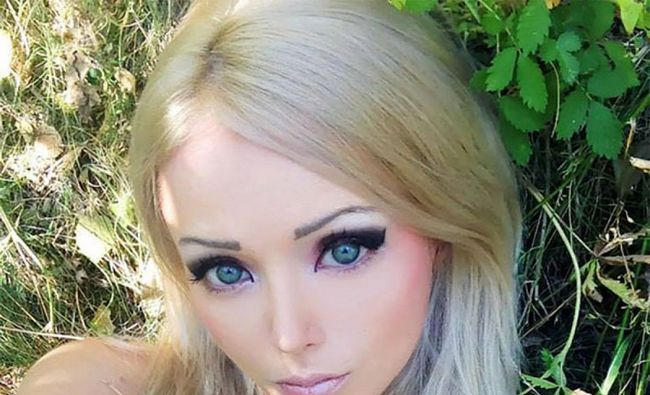 Fotografía - Get To Know Real Life Barbie Valeria Lukyanova