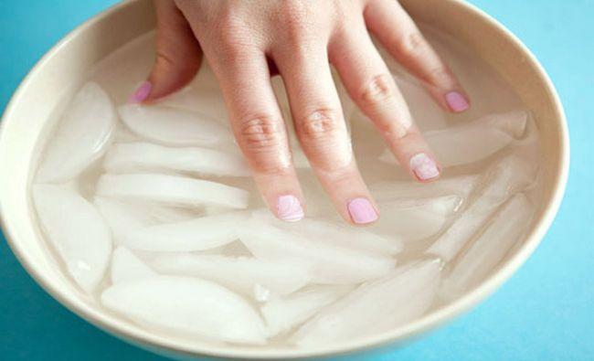 Fotografía - Comment sécher les ongles polonaise Faster- 10 Méthodes étonnants