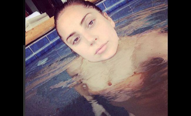 Fotografía - Lady Gaga sans maquillage