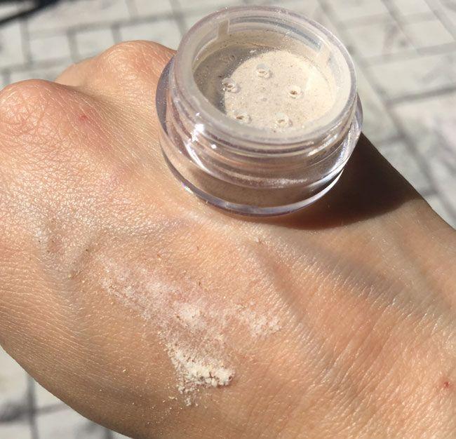 maquillage usine soulignant avis de poudre par mon lapin de beauté