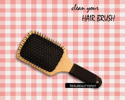 Fotografía - Trucs et astuces pour nettoyer votre brosse à cheveux